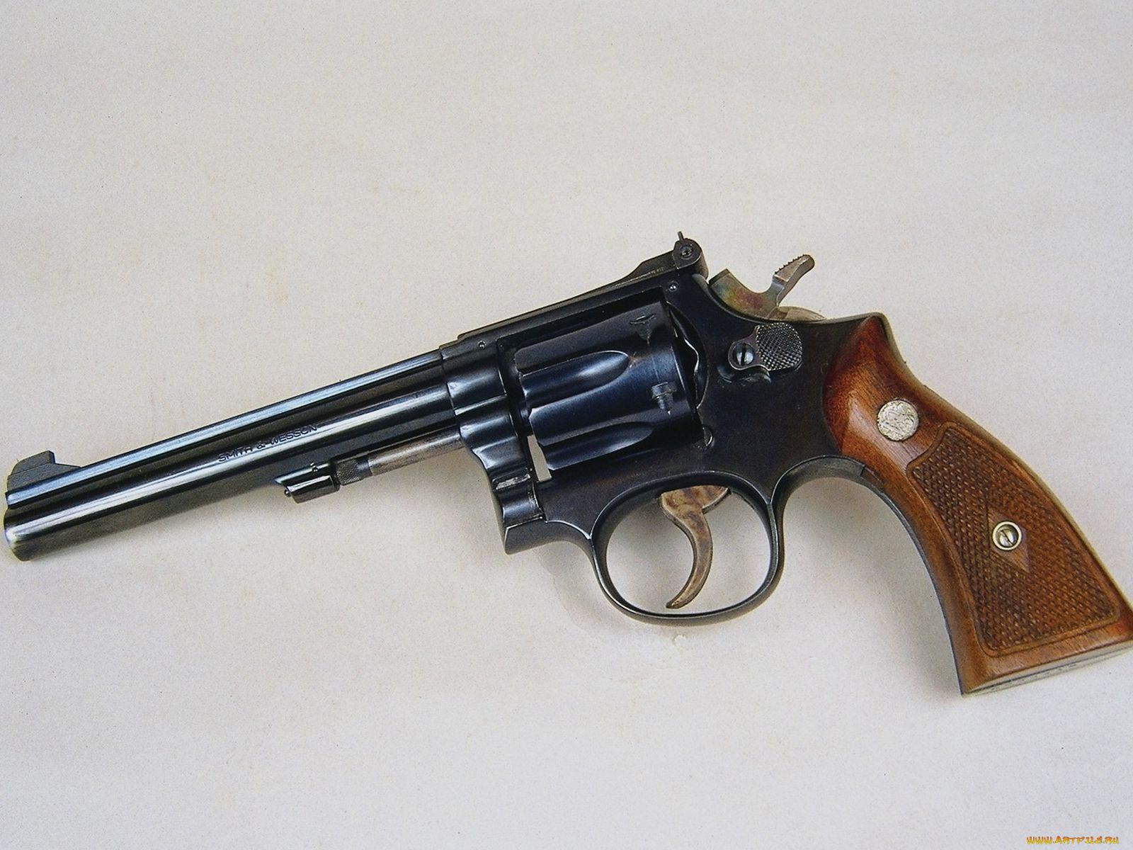 Фото название револьверов
